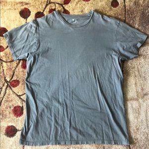 Gap Tee shirt